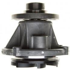 Vesipumppu V8 6,0L diesel 04-05 GAT43541 >23/09/2003